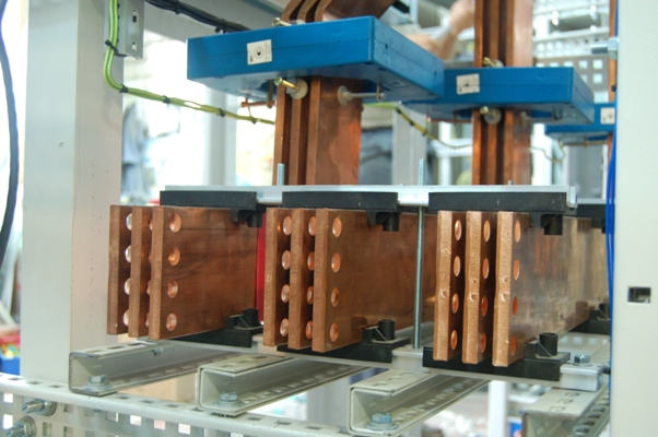 Busbars assembly